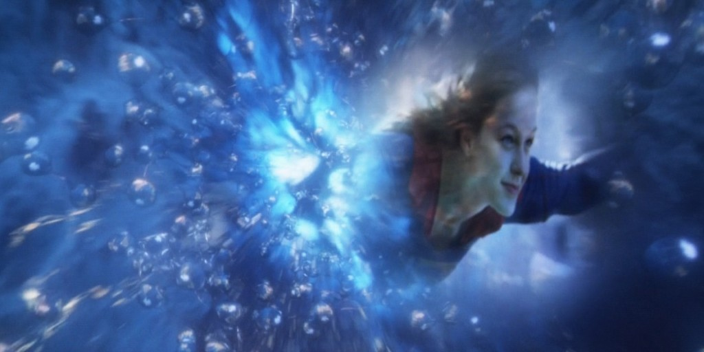 The-Flash-Supergirl-Easter-Egg-Universe