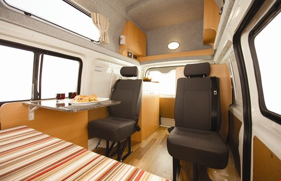 APAU_Endeavour-Camper-Internal-Photo-7